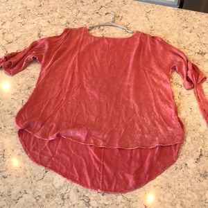 "Umgee boutique top pink/coral ""washed look""."